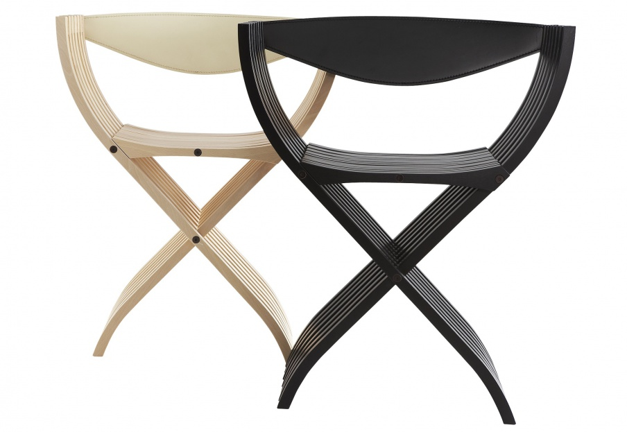 The folding CURULE chair, Ligne Roset