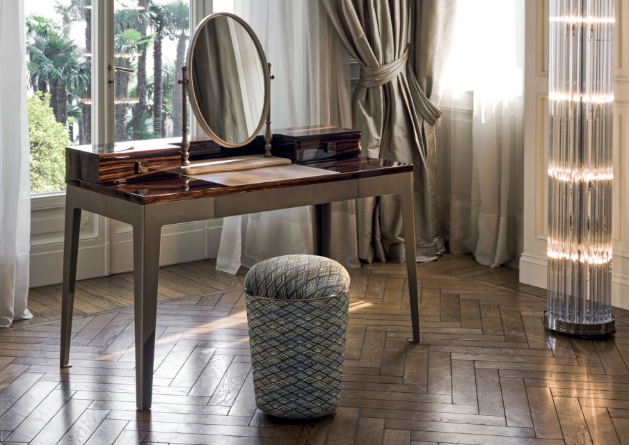 Stool With Seat In Natural Wood Loveluxe Teo, Longhi