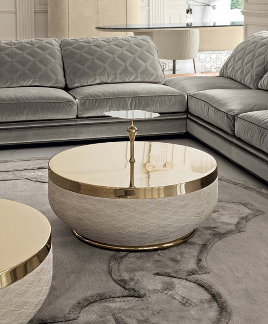Coffee Table With Plastic Casing Godwin Longhi Luxury