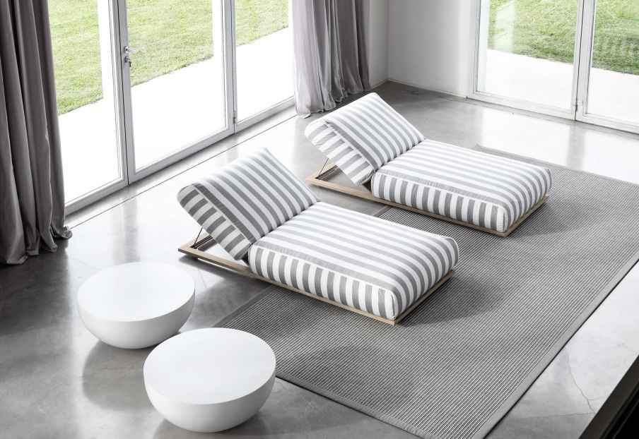The Cloud Lounger, Meridiani