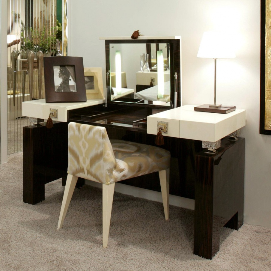 Dressing table made from natural wood tura luxury for Made dressing table