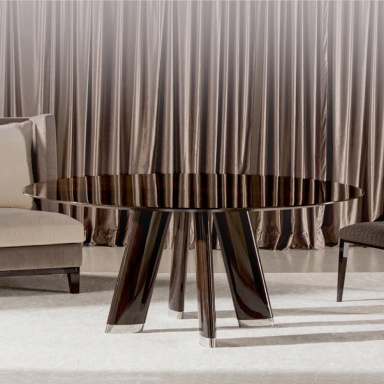 Dining table with metal legs dress costantini pietro for Dining table dressing