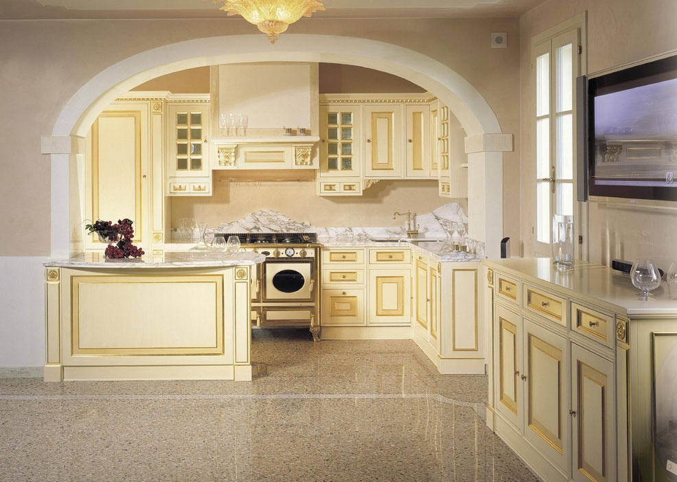Set for the kitchen made of solid wood with a lacquer for Kitchen set royal