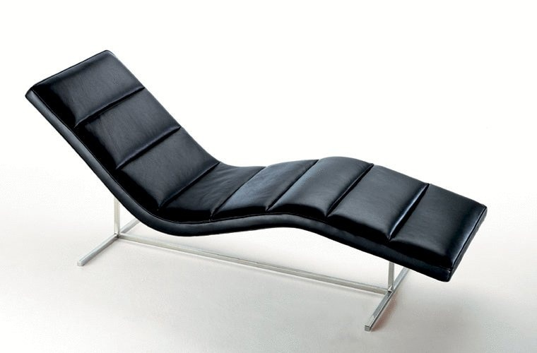 A chaise longue with leather upholstery, Self - Rivolta