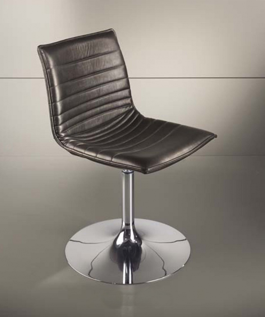 Swivel Chair With Metal Legs With Round Base Astra Low Smania
