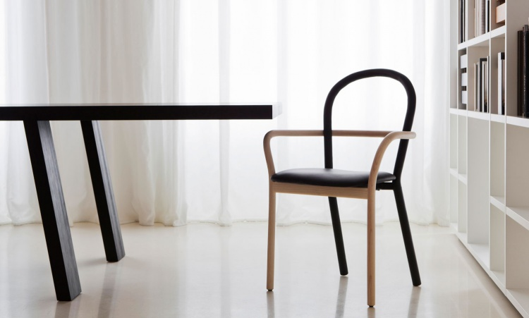 Chair with armrests Gentle, Porro