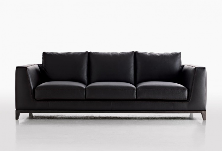 The sofa on the frame of metal upholstered in leather or fabric Lutetia, B&B Italia