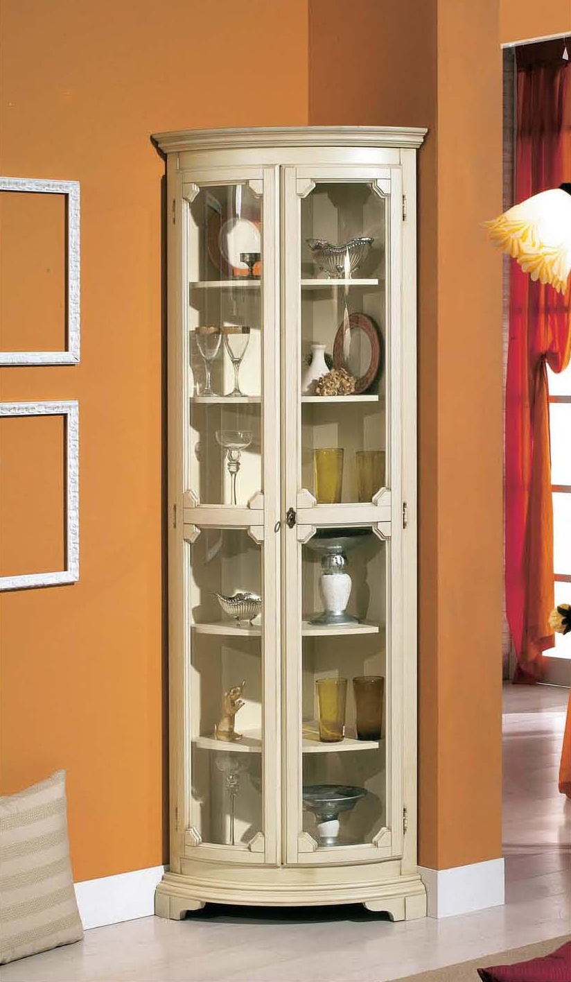 Corner showcase with decorative trim in a classic style, Mirandola ...