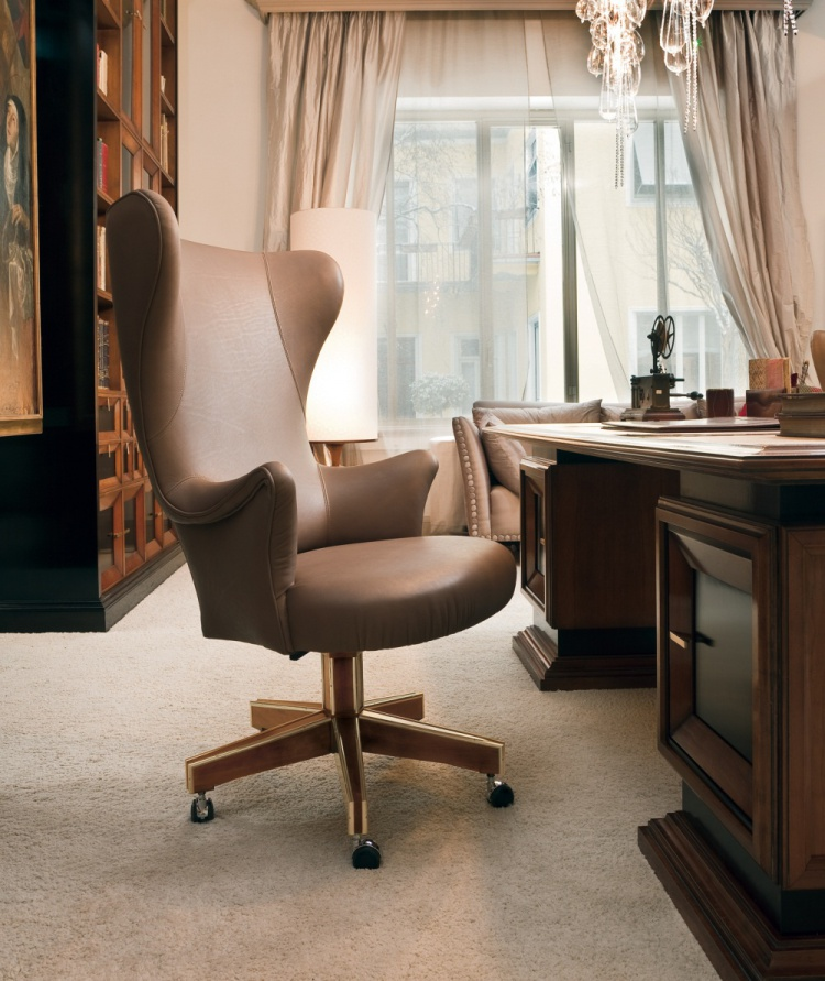 Desk chair with leather upholstery, Annibale Colombo