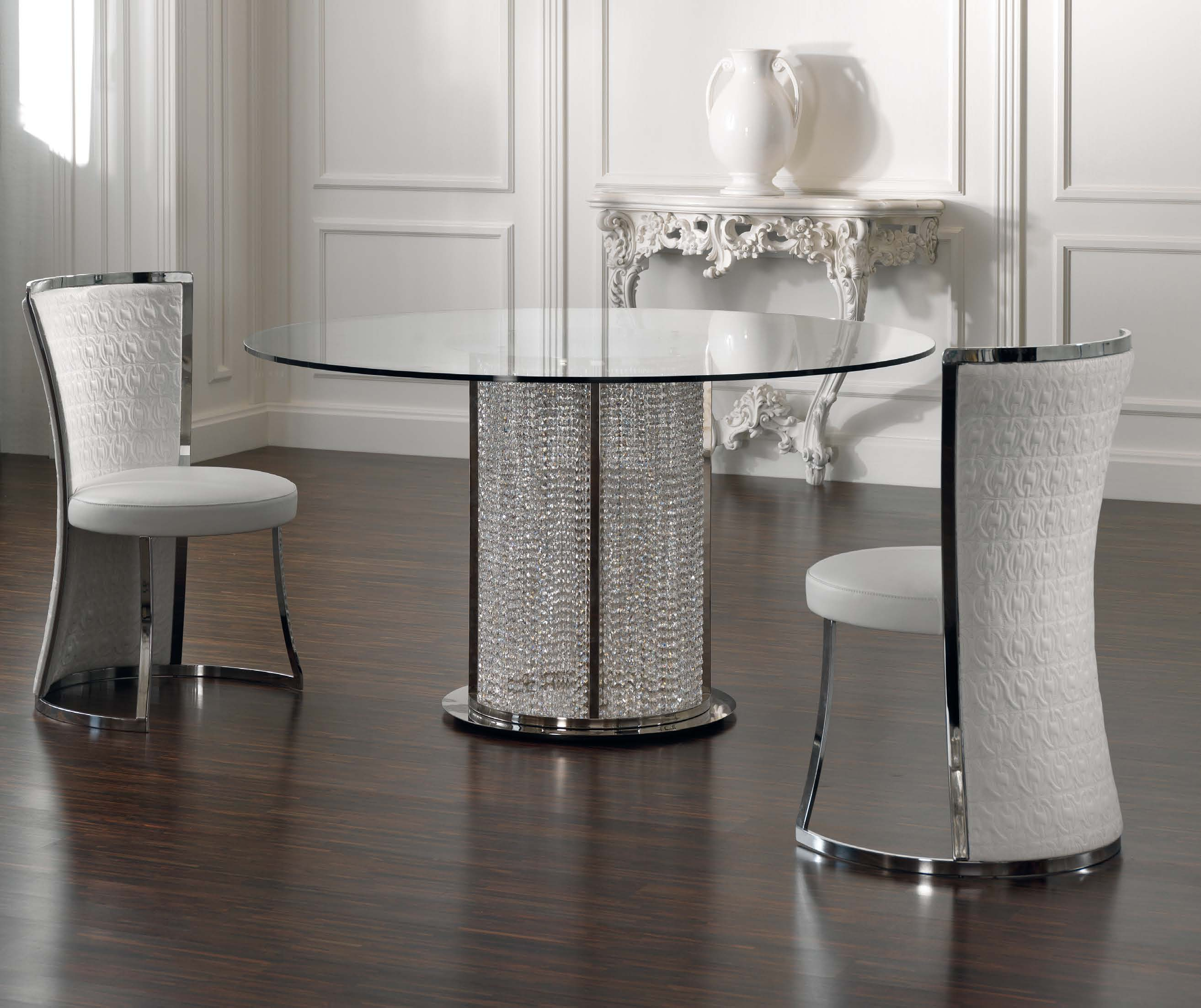 Dining Table Round With Crystal Pendants Eliza, Tosconova