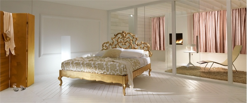 Bed With Delicate Carved Headboard Silvano Grifoni