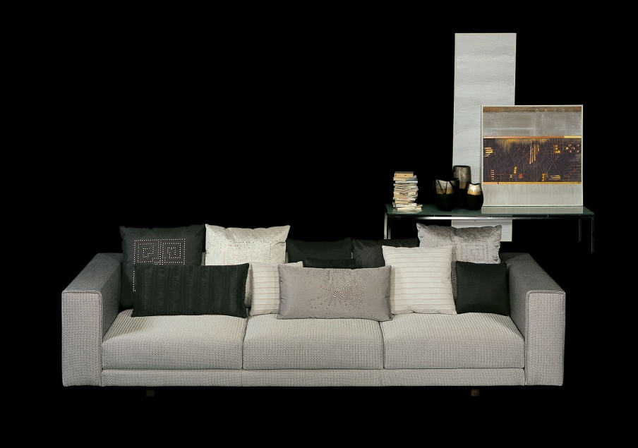 Three Seater Sofa With Frame In Wood And Metal Sensation